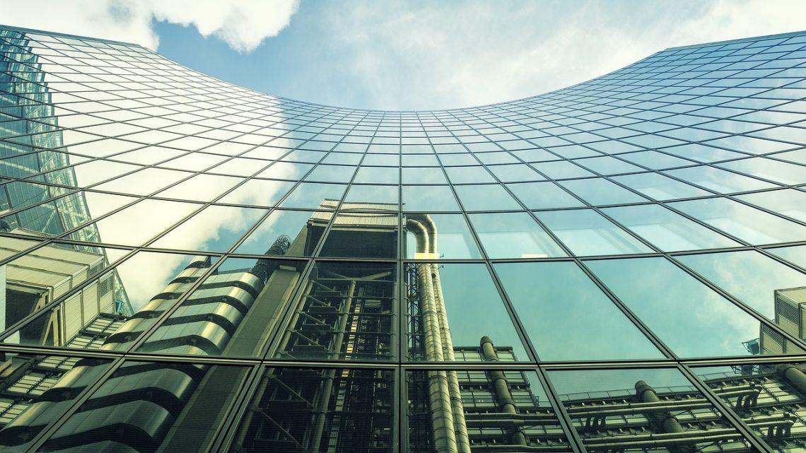 Czego wystrzegać się przy zarządzaniu budynkami komercyjnymi?