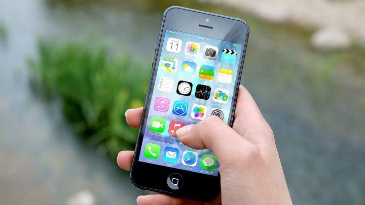 Jak zabezpieczyć swój nowy telefon, aby nie tracił na wartości?